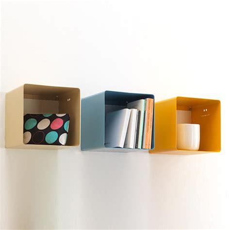 Mensole Metallo Design Mensola Design Cubo Ciok In Metallo Verniciato 22x22x22 Cm