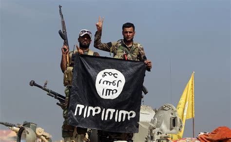 isis  collapsing   military force maxim