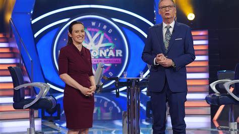The show has been broadcast from 3 september 1999 until today. Wer wird Millionär: Hier alle Originalfragen von Montag ...