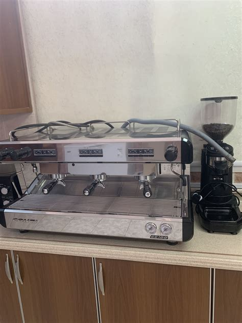 45 selection for bottles and cans. Coffee machine for sale | Mums in Bahrain