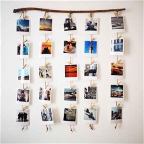 Bilder Kreativ Aufhängen by W 228 Nde Mit Fotos Kreativ Dekorieren Nettetipps De