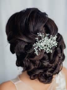 peigne cheveux mariage 55 idées romantiques de coiffure mariage cheveux longs