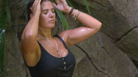 I'm A Celebrity's Rebekah Vardy sends fans wild with sexy ...