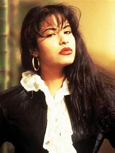 Eyeliner Chart Mac Honors Late Singer Selena With New Line