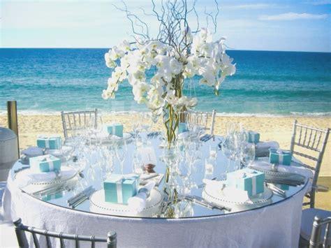 simple guidance    beach theme wedding table