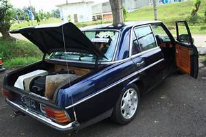 1969 Mercedes W114 And W115 Service And Repair Manual