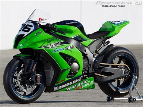 Kawasaki Zx10 R Picture by This Article Kawasaki Zx 10r Sport Bike Pictures