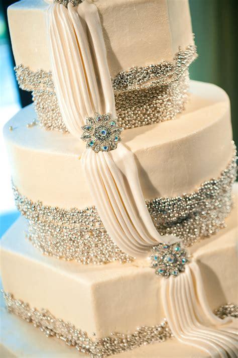 modern wedding cakes wedding inspiration trends