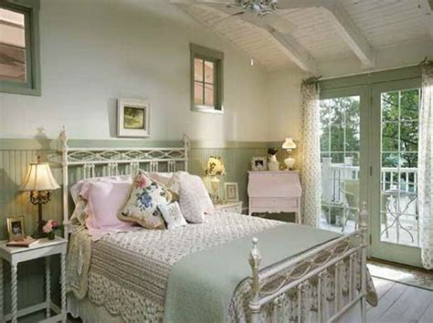 Bedroom Decor Ideas Cottage by Country Cottage Decorating Cottage Bedroom Decorating