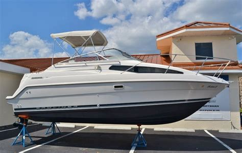 Javelin Boat Dealers Near Me by Used 1999 Bayliner 2355 Ciera Boat For Sale In Vero