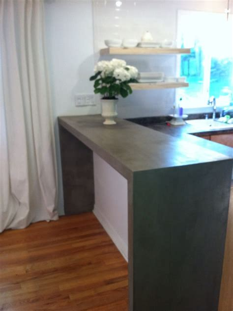 parsons style breakfast bar    layered