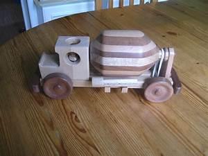 Kinderspielzeug Selber Machen : betonmischer aus holz bauanleitung zum selber bauen kinder holzspielsachen pinterest ~ Orissabook.com Haus und Dekorationen