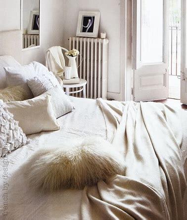 chambre blanche et beige décoration chambre cocooning blanche et beige