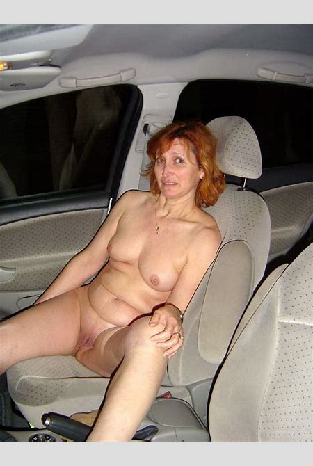Naked housewives driving to tne nude beach in the night - Night Flashers
