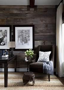 habillage mur salon lamme bois fonce picslovin With decorer un mur de salon