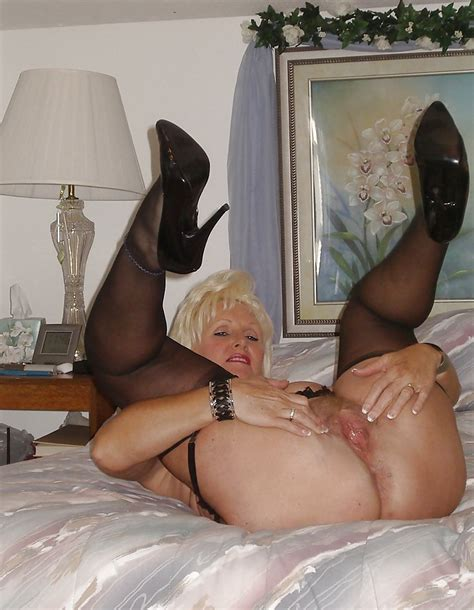 Jan B Mature Slutty Lady In Stockings Heels 14 Pics