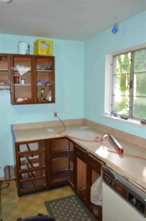replacing kitchen cabinets on a budget enchanting replacing kitchen countertops on a budget 9237