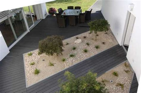 Patio Flooring Ideas Uk by 22 Composite Flooring Ideas To Bring Contemporary Style