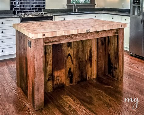 kitchen island made from reclaimed wood reclaimed wood marcelleguilbeau com