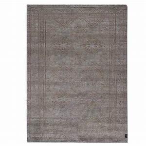 tapis haut de gamme taupe avec motifs classiques en laine With tapis jaune avec canapé haute gamme