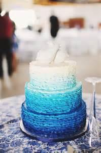 decoration gateau mariage decoration de mariage bleu roi mariageoriginal