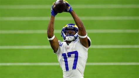Rams sign Robert Woods to four-year extension ...