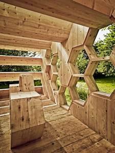 Sichtzäune Aus Holz : holz pavillon mit wabenform bietet unterkunft f r menschen ~ Watch28wear.com Haus und Dekorationen