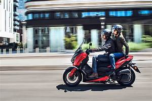 Yamaha X Max 125 : 2018 yamaha x max 125 debuts in europe bikesrepublic ~ Kayakingforconservation.com Haus und Dekorationen