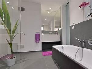 Grau Bis Schwarzbrauner Farbton : im badezimmer fliesen als hingucker stonenaturelle ~ Markanthonyermac.com Haus und Dekorationen