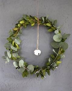 Deko Weihnachten 2016 : eukalyptus kranz diy kr nze weihnachten 2016 und diy deko ~ Buech-reservation.com Haus und Dekorationen