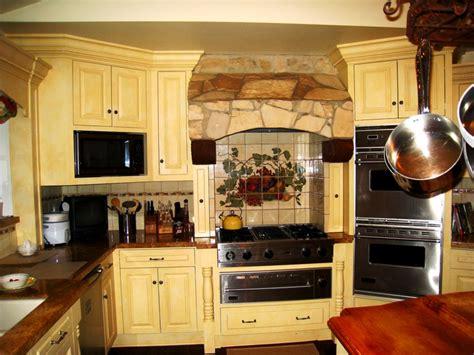 tuscan kitchen decor to style your kitchen with tuscan kitchen decor unique hardscape design