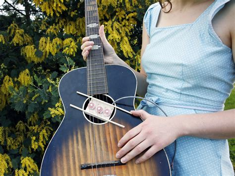 Wind Your Own Guitar Pickups | Make: