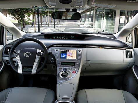 Toyota Prius (2012) picture #09, 1600x1200