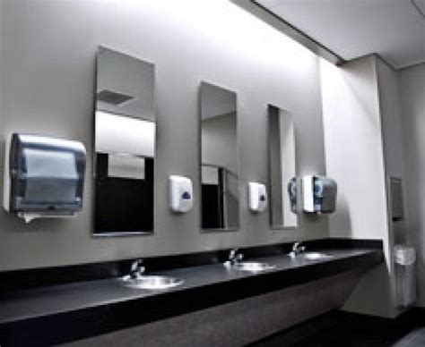restaurant bathroom cleanliness matters  guests qsr