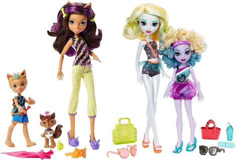 Monster High Family Clawdeen Wolf Barker & Weredith