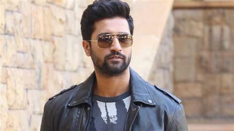 shah rukh khan ya salman khan favourite actor vicky