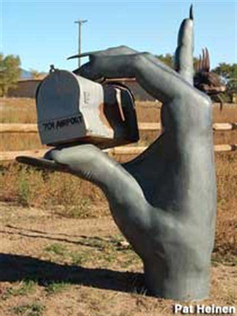 santa fe nm hand mail box  rock lizard