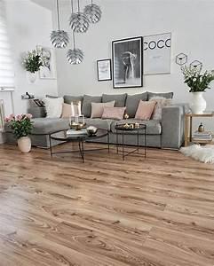 Wohnzimmer Mit Brauner Couch : so richtest du dein wohnzimmer stylish und gem tlich ein mit grauem sofa und fabrlich ~ Markanthonyermac.com Haus und Dekorationen