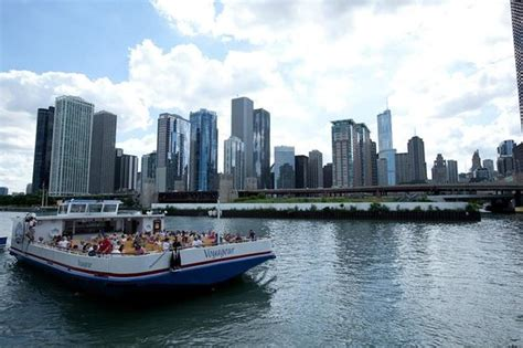 Cheap Boat Rentals Chicago by Shoreline Sightseeing Chicago Il Top Tips Before You