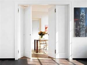 Treppenaufgang Mit Tür Verschließen : platzsparende faltt ren so klappt der einbau ~ Orissabook.com Haus und Dekorationen