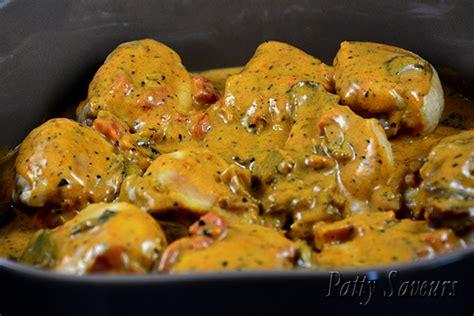 cuisiner avec une cocotte patty saveurs cocotte de poulet sauce stroganoff