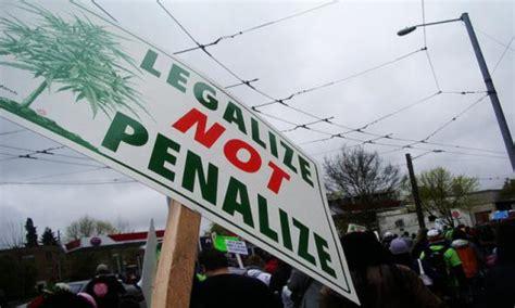 federal government   sue  stop marijuana