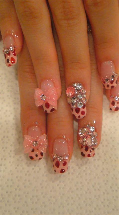 ultra beautiful  nail arts   week pretty designs