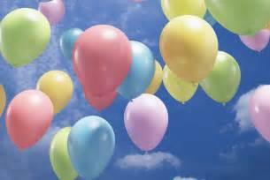 lacher de ballons mariage quelques remarques concernant les lâchers de ballons réussir sa fête