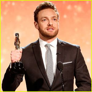 ross marquand celebrity impressions rihanna performs at musicares event for lionel richie