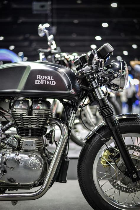 Royal Enfield Continental Gt Wallpaper by Royal Enfield Continental Gt Libero Moto Cafe Racer