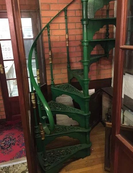 cast iron reclaimed spiral staircase  landing plate