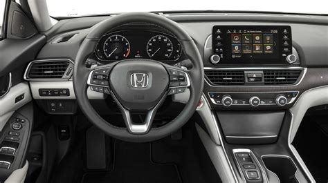 Maybe you would like to learn more about one of these? Honda: 2020 Honda HRV Interior Changes And Dimensions ...