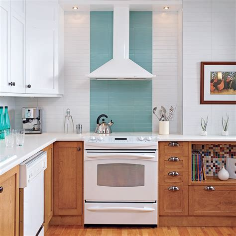 refaire les armoires de cuisine cuisine clairement rétro cuisine avant après
