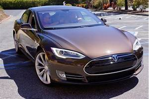 Tesla Shares Patents To Spur Electric Car Development